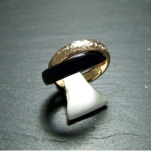 18ct Pink Gold and Black Enamel Dress Ring