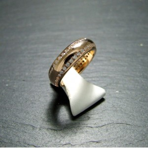 18ct Pink Gold Diamond Set Band