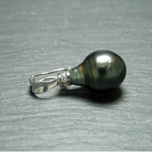 18ct White Gold Tahitian Pearl and Diamond Clip Pendant