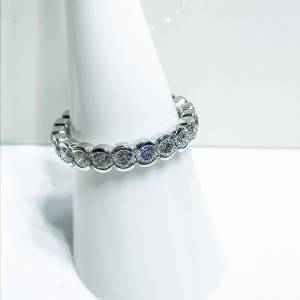 18ct White Gold Rolling Diamond Eternity Ring